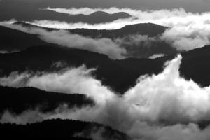 smoky-mountain-black-and-white-009